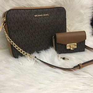 New Michael Kors Large Crossbody Bag & wallet